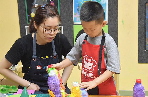 """儿童美术培训如何掌握""""教""""与""""学"""""""